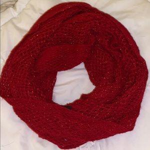 Steve Madden red knit loop scarf